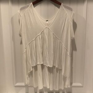 🌟Free People cool white flowy shirt, Size S❤️